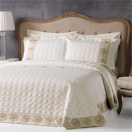 V19.69 Italia , Bedspread double 240X260 +2 pillow cases-OXFORD-CORAL CREAM